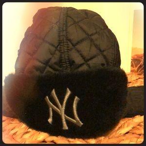 NY Yankees Winter Hat ❄️
